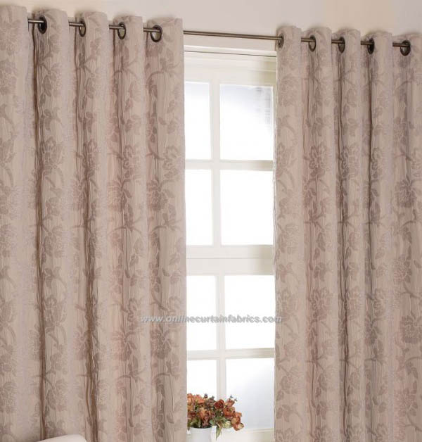 What Color Curtains Go With Salmon Colored Walls?