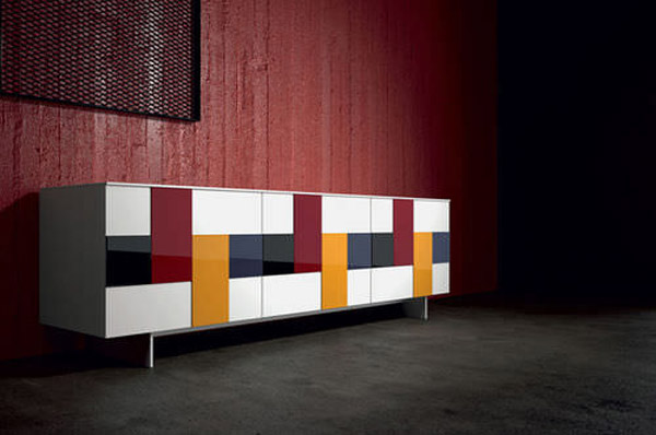 What sideboard blends with red sofa and dining set in for Industria mobili