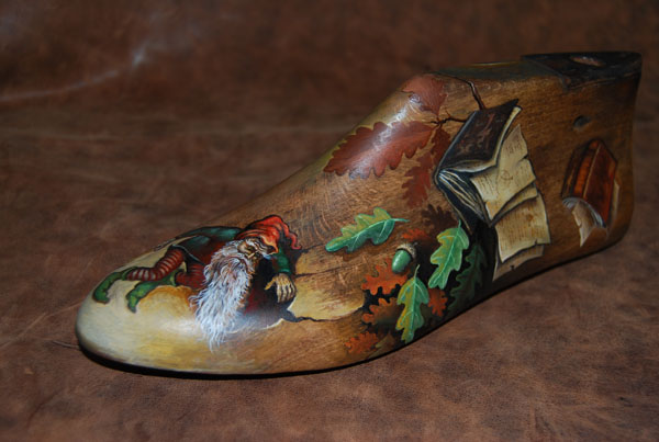 shoe-tree, wooden shoe, painting, decoration