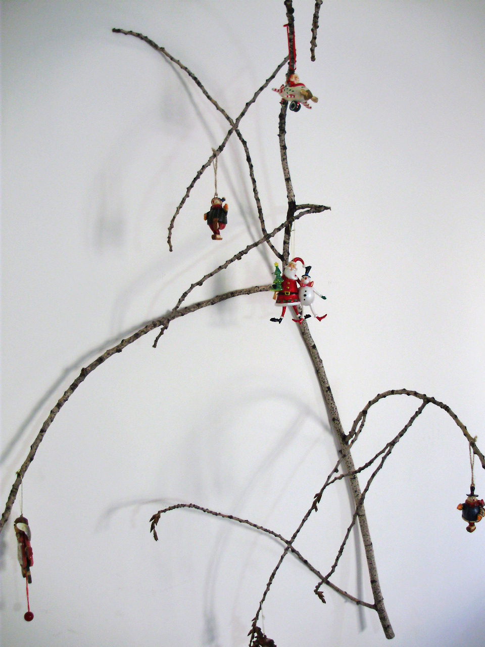 Christmas branches decoration 03, branches hanged on the wall, christmas branches, christmas decoration, christmas wall decoration