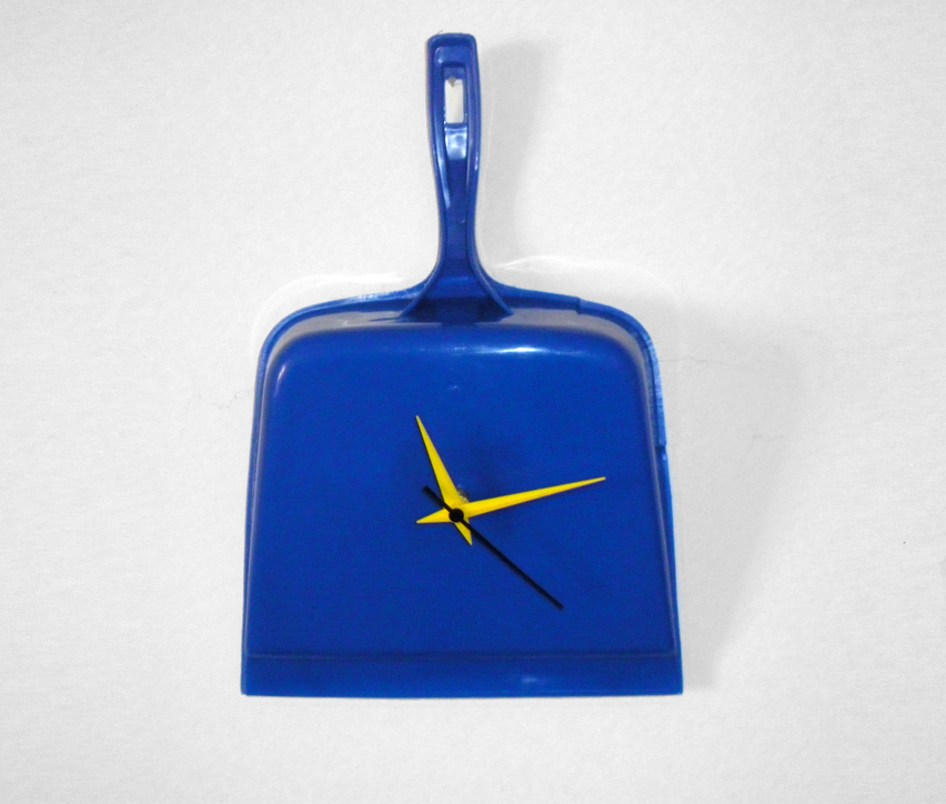 wall clock diy, wall clock, strange wall clocks, blue wall clock, diy clock, wall clock project, wall clock ideas