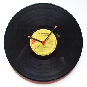 wallclock, diy, vinyl record, recycle art, recycle ideas, recycle vinyl record
