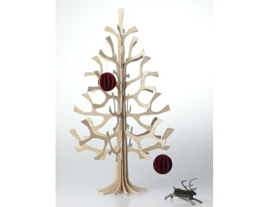 wooden christmass tree