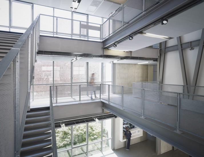 The new architecture school in strasbourg for Strasbourg architecture