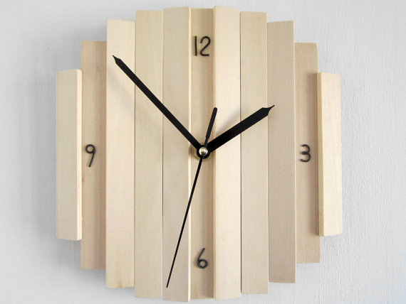 Contemporary and handmade wall clocks