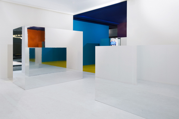 EHI 03, pavilion decorating ideas, bold colors