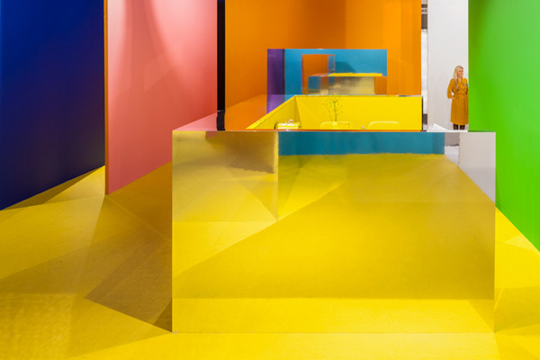 EHI 14, bright colors decorating ideas